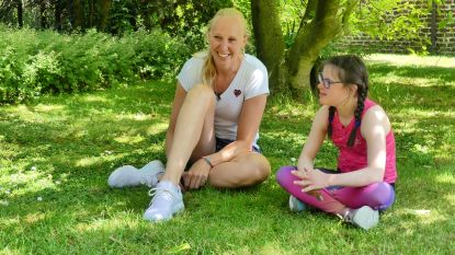 """Special Olympics-atlete Alice (14) neemt het op tegen basketster Ann Wauters tijdens een fietstochtje: """"Amai wat een strak tempo"""""""