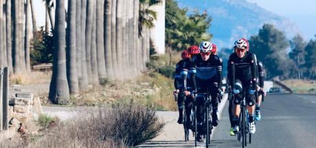 Eindelijk een vrije dag op Mallorca voor renners VolkerWessels-Merckx