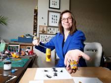 Sandra maakt kevers van straatafval: 'Een Chocomelkever is vaak dezelfde dag nog verkocht'