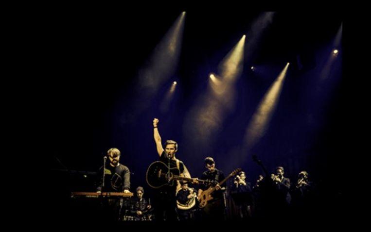 De brasspopband Zinger uit Deerlijk.