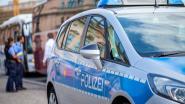 Autoseks loopt fout: koppeltje botst tegen andere wagen