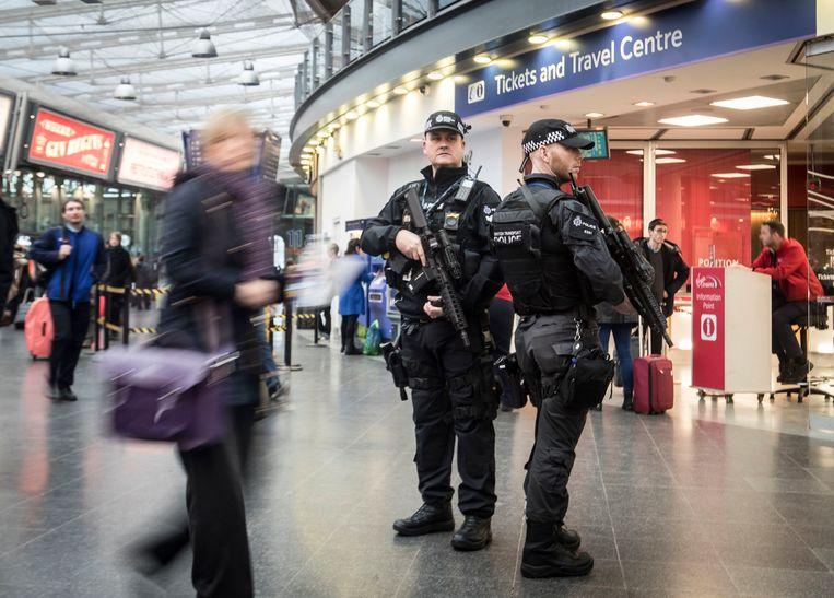 Extra patrouilles in Manchester, Birmingham en Londen.