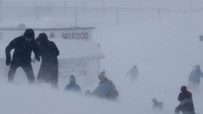 Alpen krijgen volle laag: zware sneeuwval, regen en windstoten tot 250 km per uur geselen skigebieden