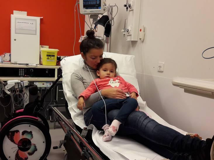 'Op pakjesavond ligt Sara in het ziekenhuis'