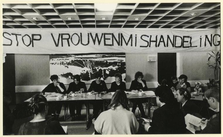 De Stichting 'Blijf van m'n Lijf' tijdens een persconferentie in 1984. Beeld anp