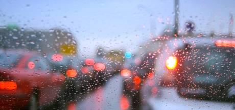 Nog steeds grote kans op spekgladde wegen; code geel van kracht