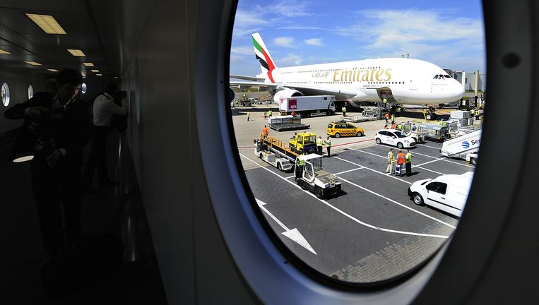 Een A380 van Emirates op Schiphol. Beeld anp
