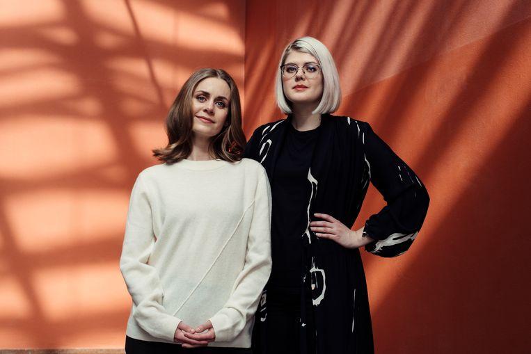 De Noorse artsen Nina Brochmann (links) en Ellen Støkken Dahl willen met feitenkennis mythes bestrijden. Beeld rv