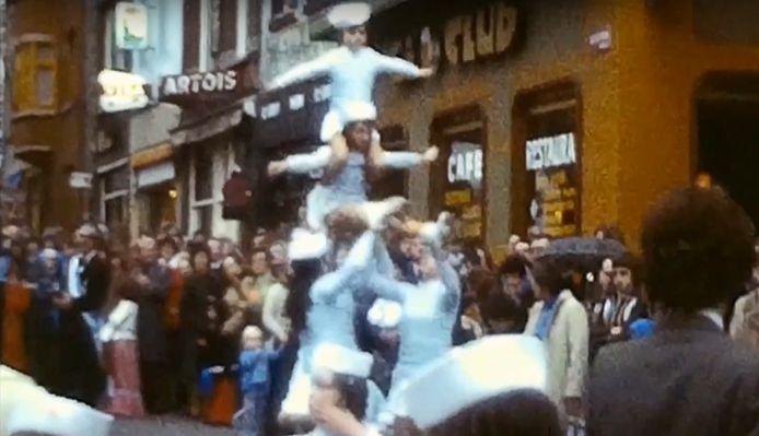 Heel wat jonge carnavalisten gingen eind jaren zeventig voor het eerst mee in de stoet.
