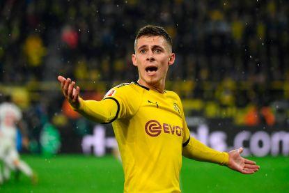 Spektakel in Dortmund: leider Leipzig sleept gelijkspel uit de brand, met dank aan klungelende thuisdefensie