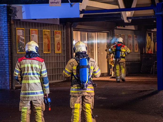 Door de brand is veel schade ontstaan aan de supermarkt.