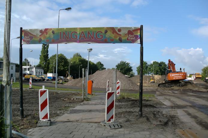 De atletiekbaan op het Red Band Sportpark in Roosendaal wordt veranderd in een Wieler Experience.