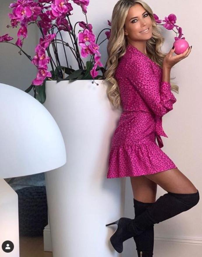 Sylvie in pink