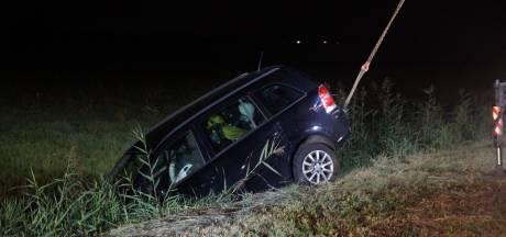 Meisje (12) redt zichzelf en vader na ongeval op A59  bij Waalwijk