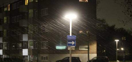 Eerste sneeuw valt in de regio: treinen rond Zwolle in problemen