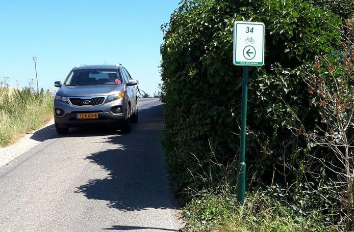 De Dreef / Boerendijk, de school route tussen Fijnaart en Zevenbergen.