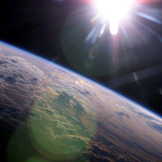 kunstmatige-intelligentie-ontdekt-dat-de-aarde-om-de-zon-draait