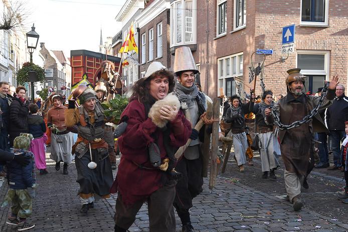 De Graafse binnenstad was weer gezellig druk. De optocht relatief kort.
