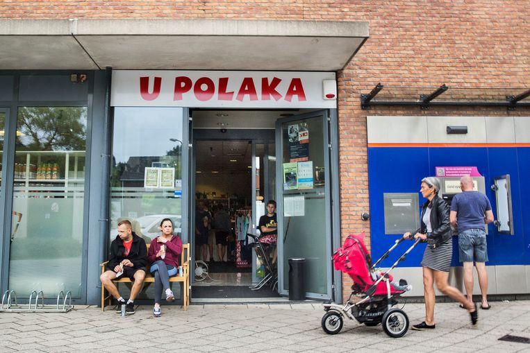 U Polaka, de Poolse supermarkt in het centrum van Maasdijk. Beeld Arie Kievit