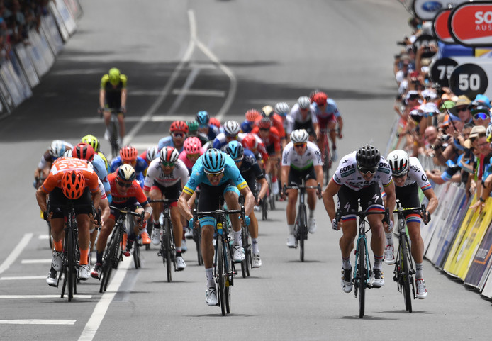 Peter Sagan wint de derde etappe van de tour Down Under.