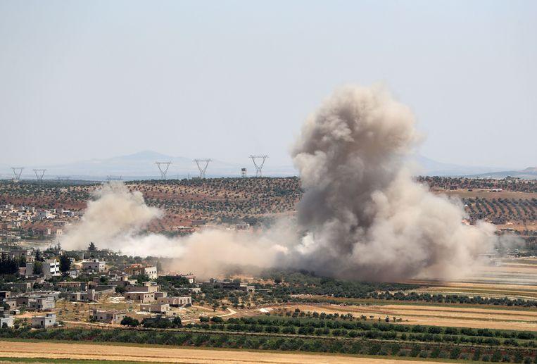 Een bombardement in de Syrische provincie Idlib.