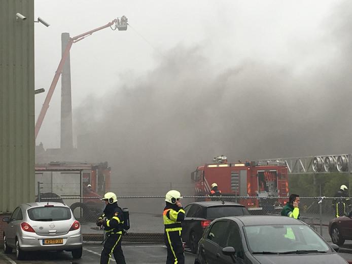 Grote brand in Breda in pand aan de Liniestraat.