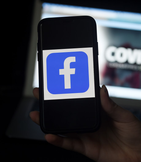 Facebook libère 100 millions de dollars pour soutenir les médias touchés par la crise