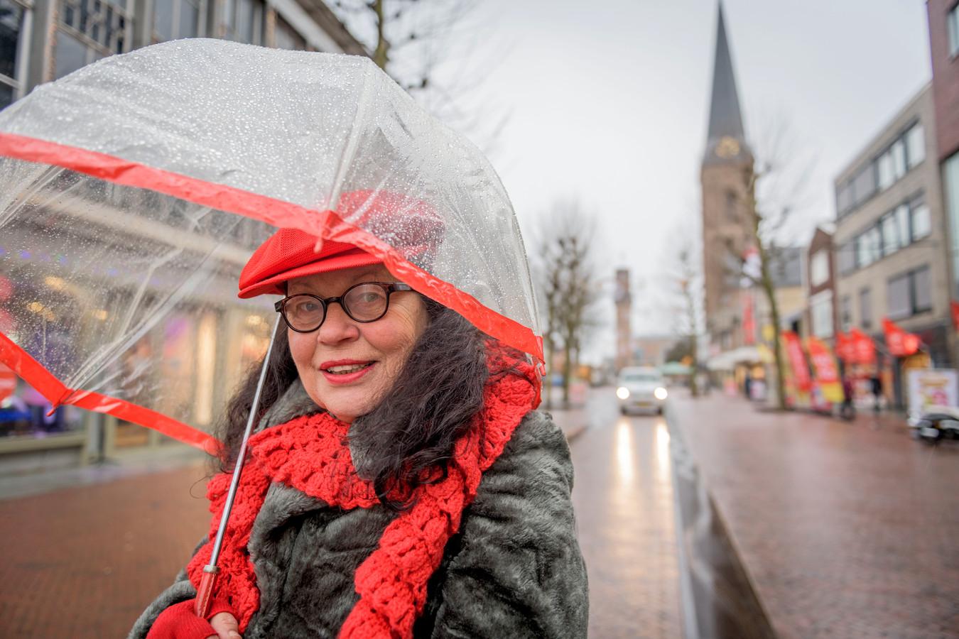 """Marijke Agterbosch: """"Eenzame uitvaarten komen vaker voor in een grote stad."""""""