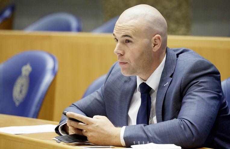 Joram van Klaveren tijdens het debat in de Tweede Kamer over Europees asielbeleid. Beeld anp