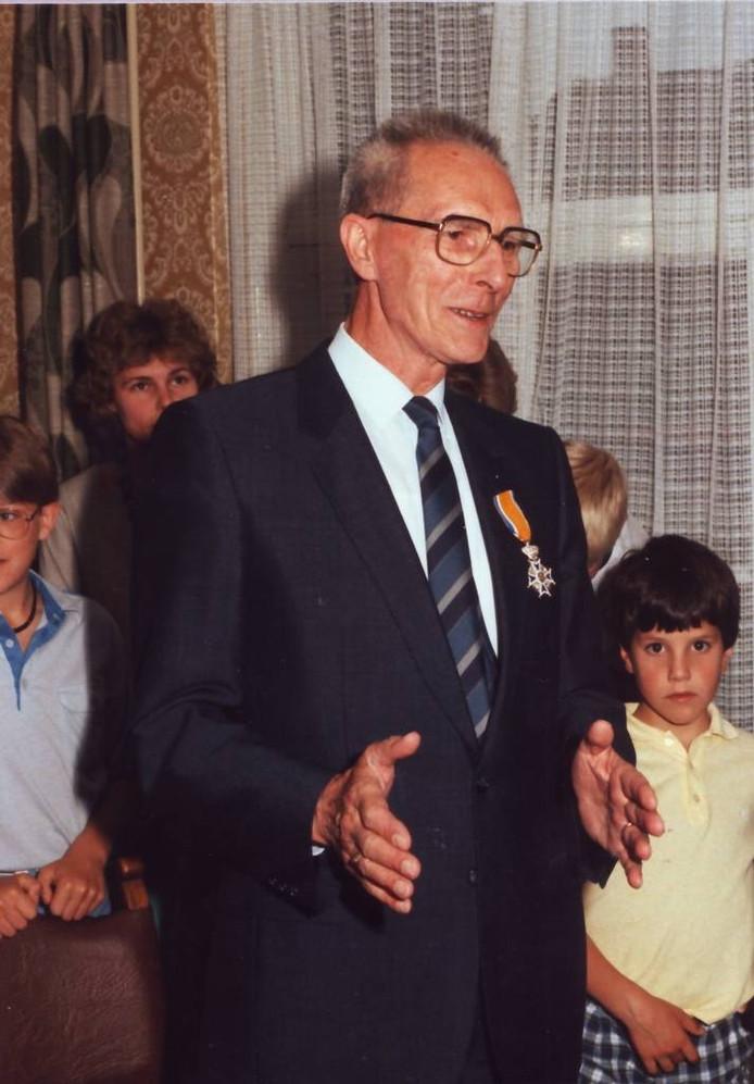 Piet de Bekker nam in 1985 afscheid van Wanroij. foto Wanrode's Heem