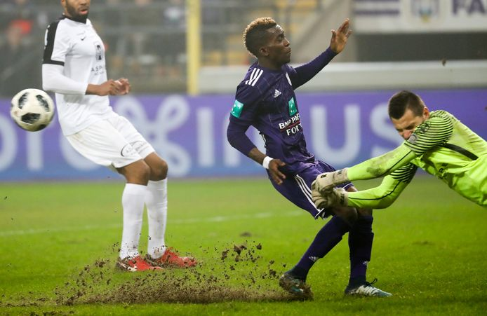 Na deze botsing zal Anderlecht zijn gevaarlijkste speler een tijdje moeten missen.