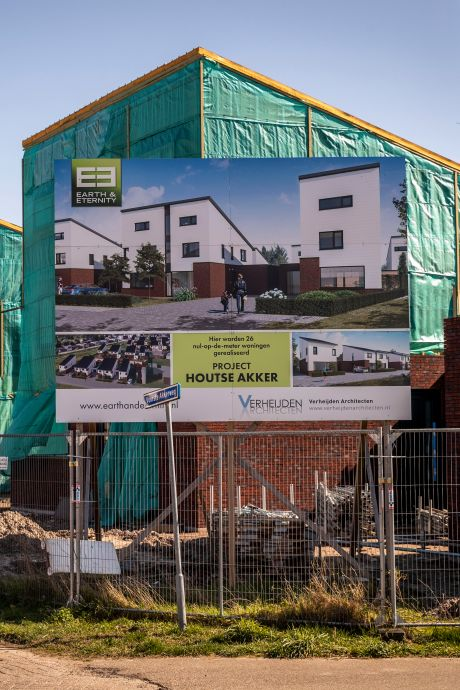 26 Helmondse huishoudens wachten al 1,5 jaar op hun nieuwe huis: 'We zitten met de handen in het haar'