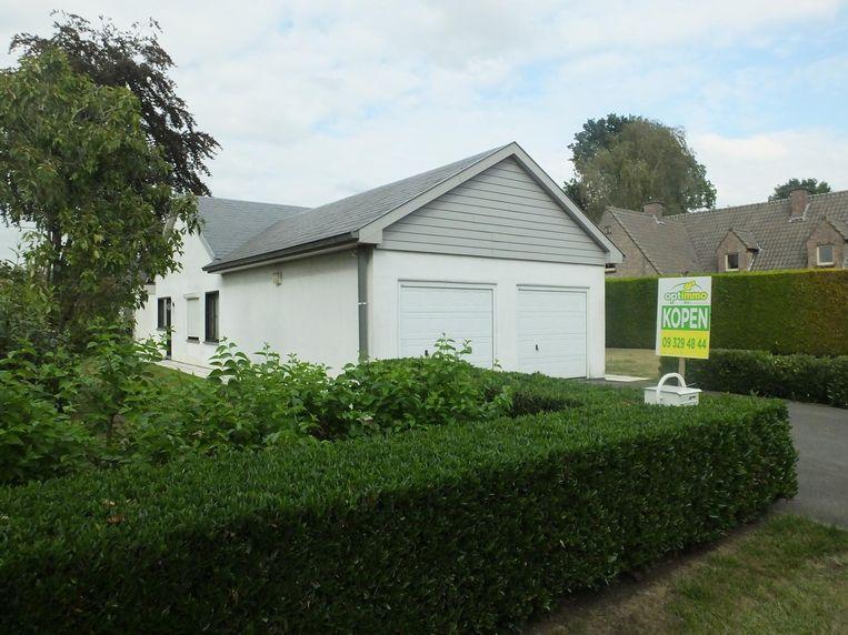 Een uitschieter: dit huis op de Modest Huyslaan staat te koop voor 365.000 euro. In 2012 zou het 190.165 euro gekost hebben.