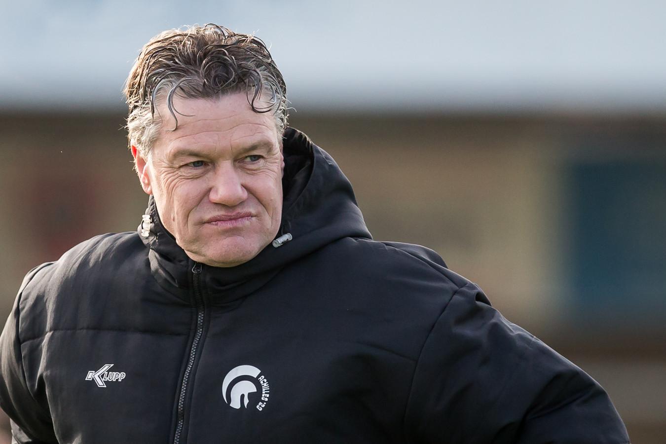 Arno Arts trekt een zuur gezicht als trainer van Achilles'29 afgelopen seizoen.