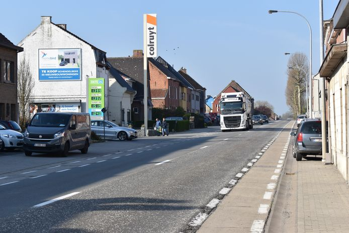 De Groteweg in Overboelare krijgt in beide richtingen trajectcontrole.