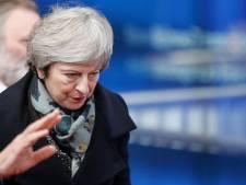 Premier May strijdvaardig: 'Ik vecht met alles wat ik heb om aan te blijven'