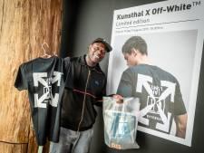 Modestunt Kunsthal: in de rij voor shirt van 247 euro