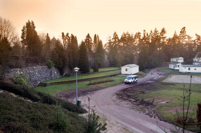 De Muur van Mussert in de huidige staat op camping De Goudsberg in Lunteren.