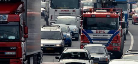 Bedrijven proberen Brabantse snelweg rustiger te maken: nu al elke dag 290 vrachtwagens minder in spits