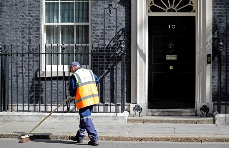 Hoelang nog voor May uit Downing Street 10 wordt gezet?