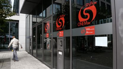 RVA mag werklozen thuis controleren op fraude