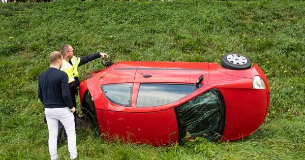 Garage bedankt...auto verliest wiel dag na APK-keuring