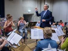 Waalre blijft Brenninkmeijer steunen: 'Hij mag terugkomen als burgemeester'