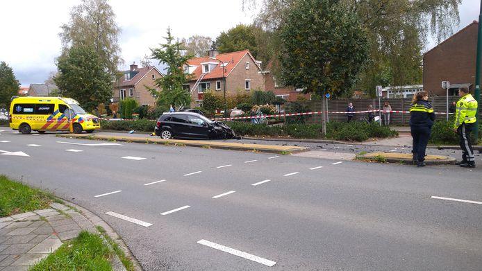 Eén van de betrokken auto's na het ongeval.