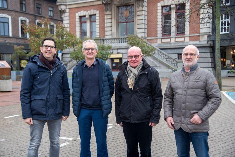 Jo Van Gasse, Johan Dierickx, Karel Claus en Mark Cromphout van de burgercoöperatie DUO.