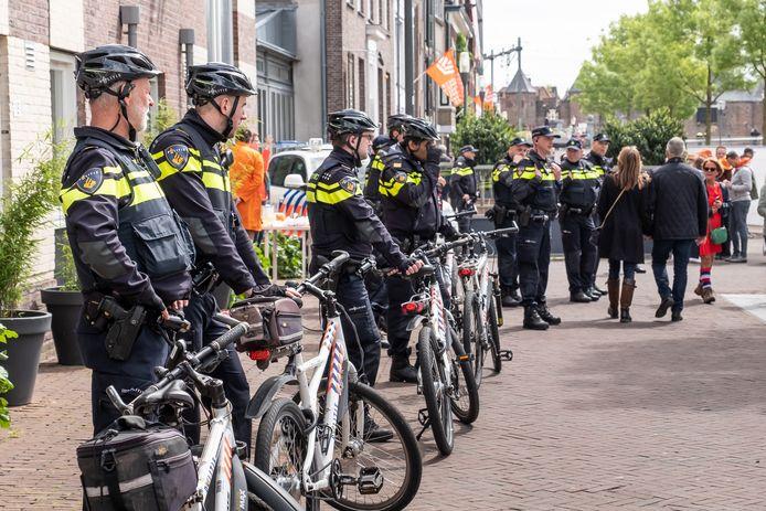 Aan politie geen gebrek  op Koningsdag 2019 in Amersfoort.