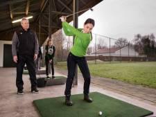 Golfclubs werven jongeren met 'gezelligheid'