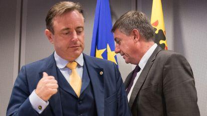 """Jambon start morgen formatie met CD&V en Open Vld - Vlaams Belang valt uit de boot: """"Vanochtend sms gekregen van De Wever"""""""