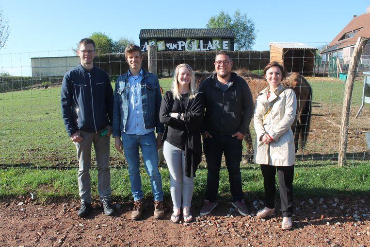Het Lennikse gemeentebestuur ondertekende een samenwerkingsakkoord met dierenasiel Ark van Pollare.