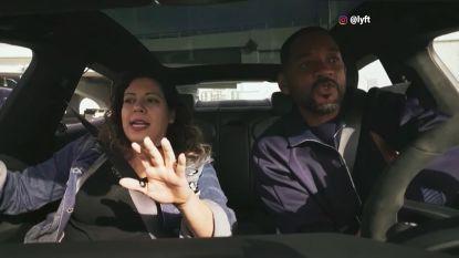 Will Smith geeft nietsvermoedende passagiers een lift